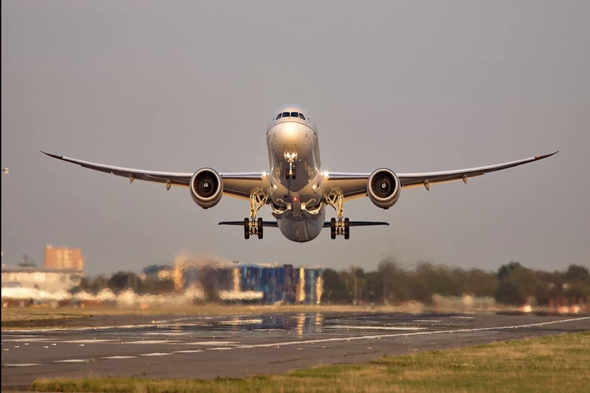 Saudi Arabia Suspends Flights India