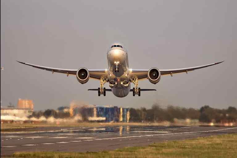 Saudi Arabia Suspends Flights India