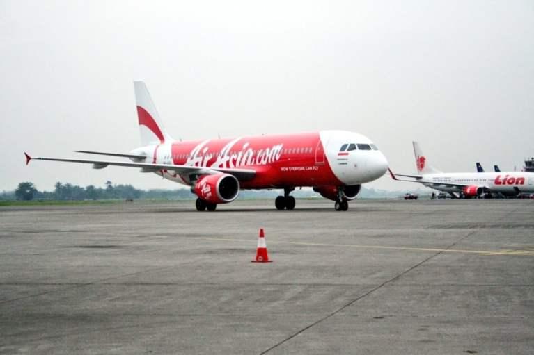 AirAsia Reduces Stake India