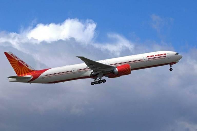 International Flights January 04