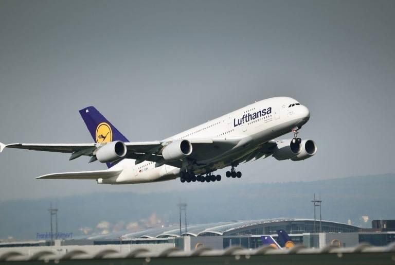 Lufthansa Lays Off Indian Crew