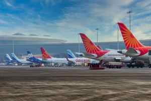 Airlines Struggling To Refund