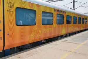 IRCTC Suspends Ahmedabad-Mumbai Tejas Express