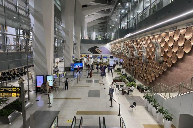 No RT-PCR Report At Delhi Airport