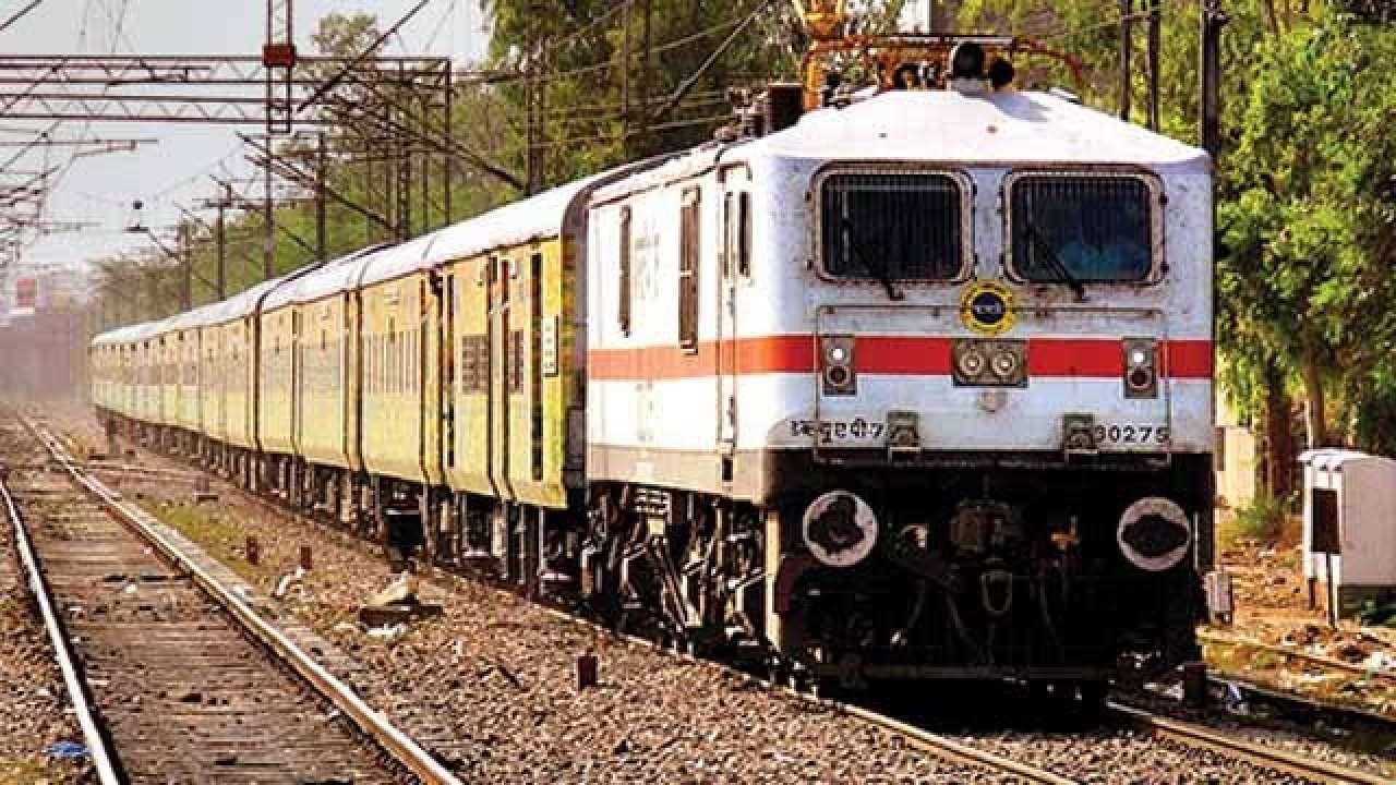 Railways Resumes 50 Unreserved Trains