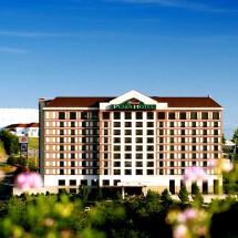 Grand Plaza Hotel Branson - Call 1 800 504-0115