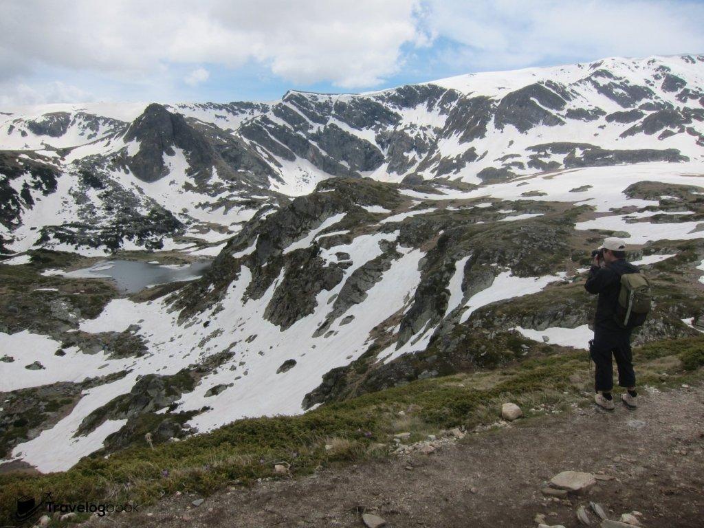 積雪未融的里拉山,百拍不厭。