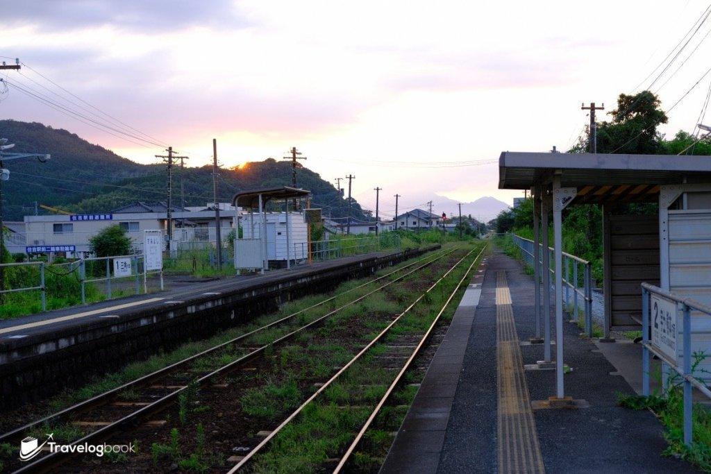黃昏時的JR住吉站