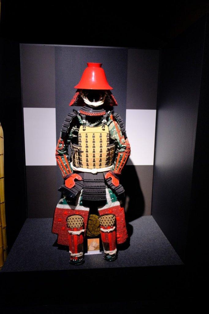 是誰的鎧甲?開估:豐臣秀吉的軍師—黑田官兵衞。