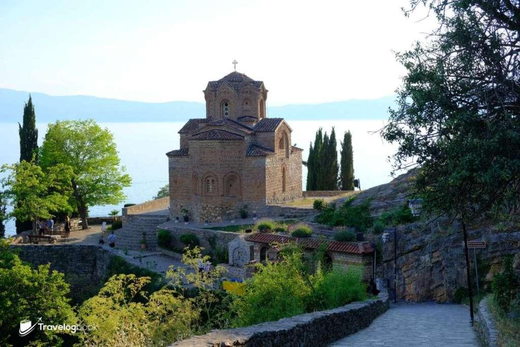 可追溯至18世紀的Church of St. John Theologian-Kaneo東正教教堂,是Ohrid最具代表性的畫面。