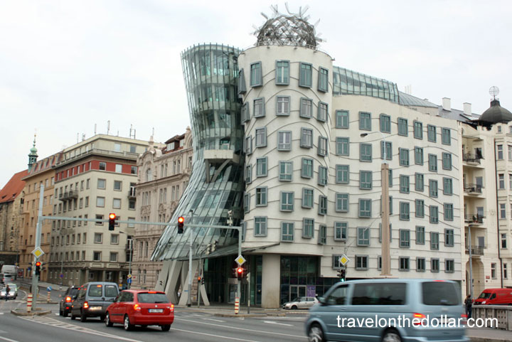 Fred and Ginger Dancing House, Prague
