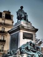 A. Dumas 銅像