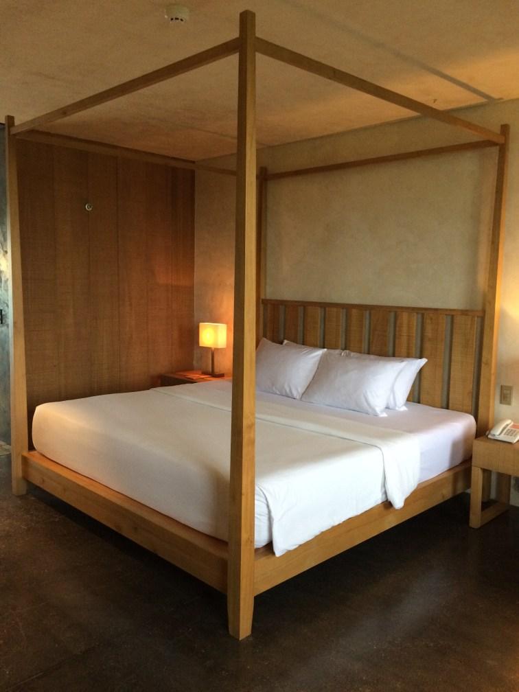 amorita-resort-bed-frame