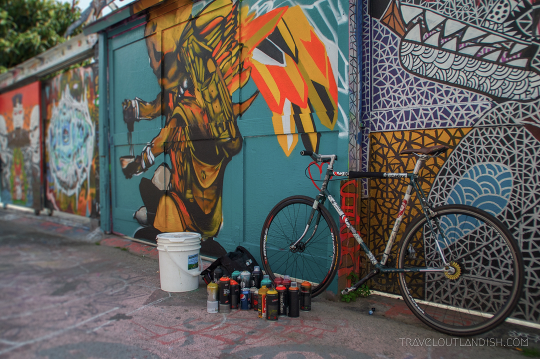 San Francisco - Spray Cans and Bike in Clarion Alley