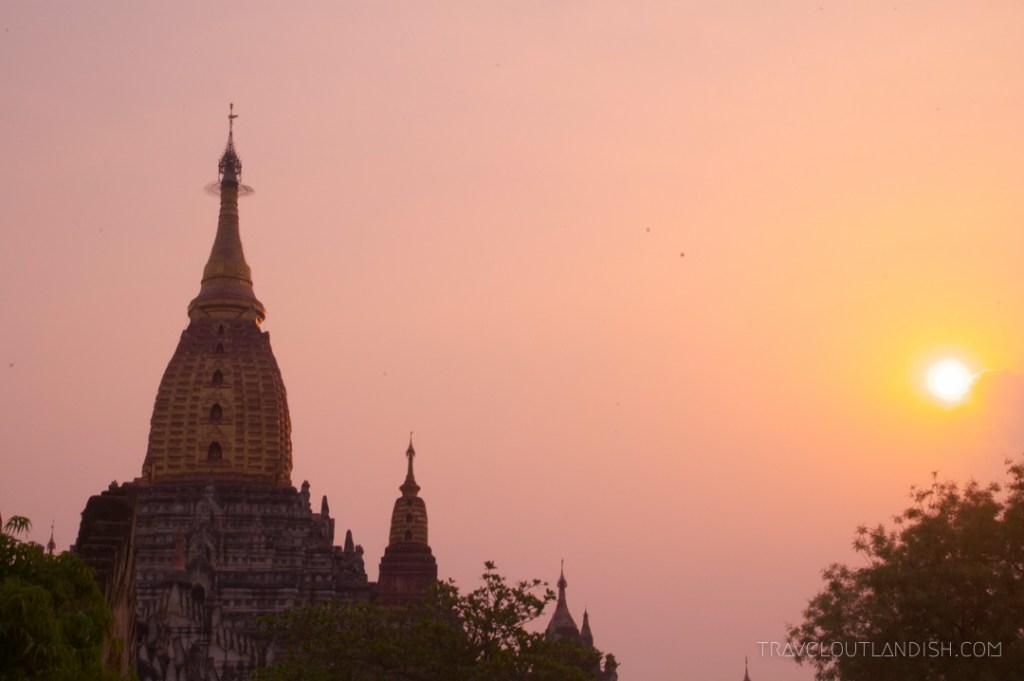 Bagan - Sunrise at Bagan