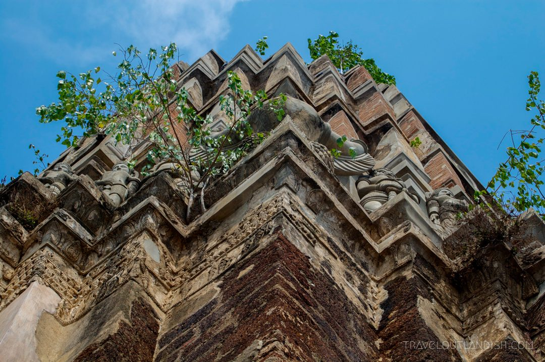 Sukothai vs Ayutthaya - Detailed view of the temples of Ayutthaya