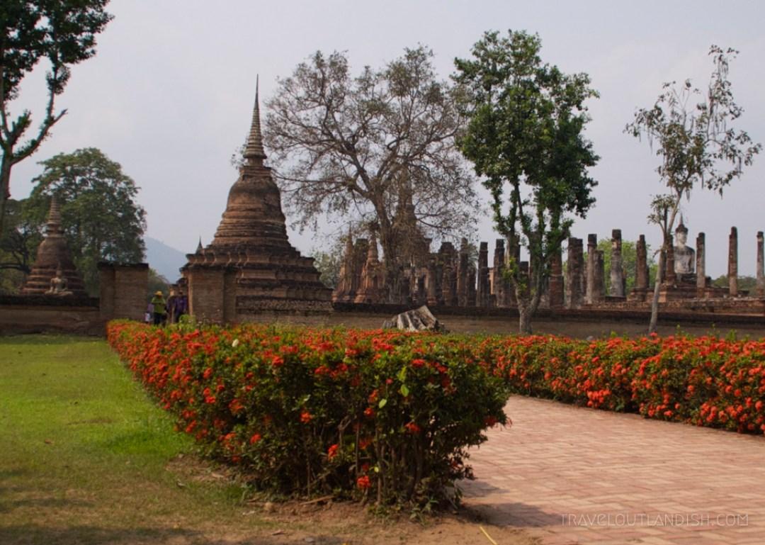 Sukhothai vs Ayutthaya - Entrance to Sukhothai