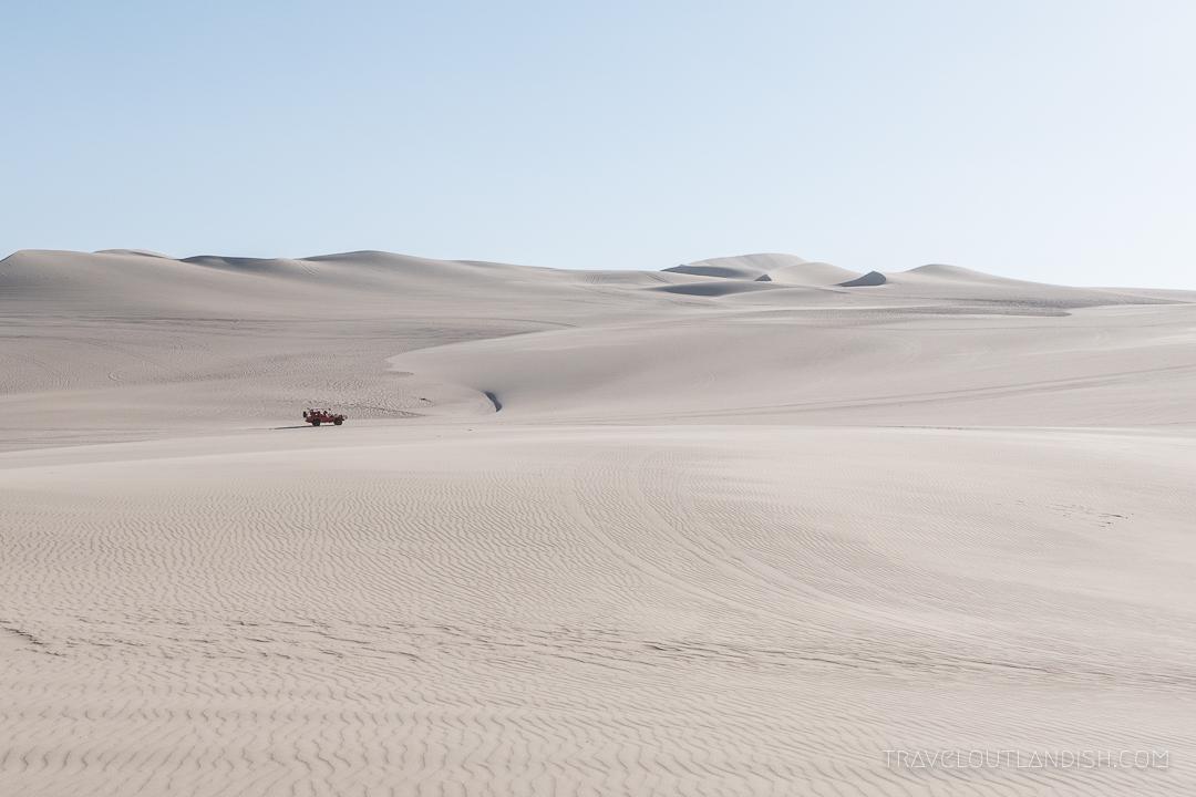 Dune Buggy Tour + Sandboarding Huacachina - Desert Landscape