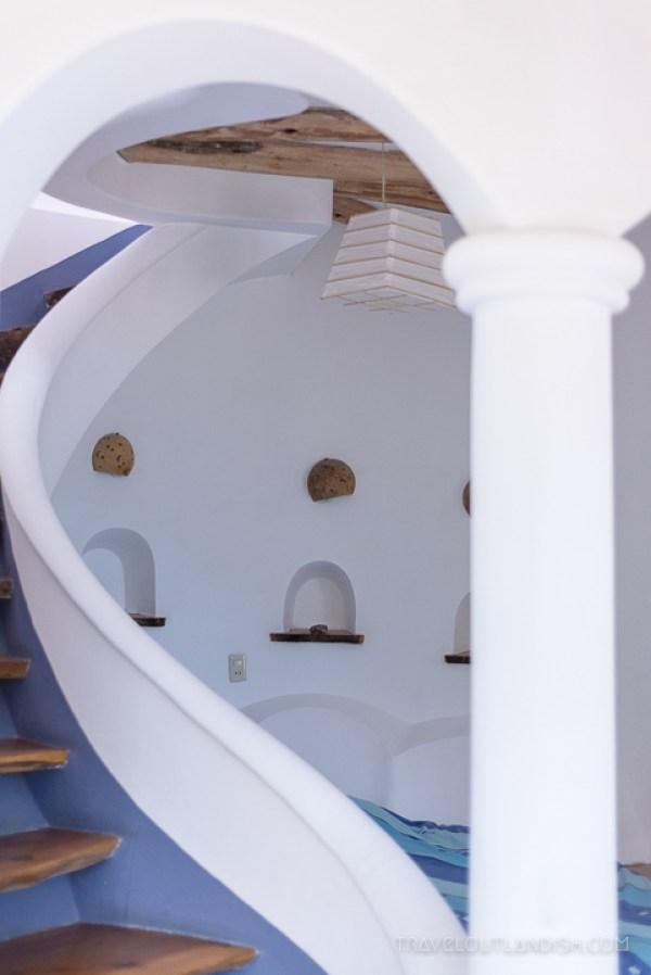 Unique Hotels - Interior of Las Olas in Copacabana