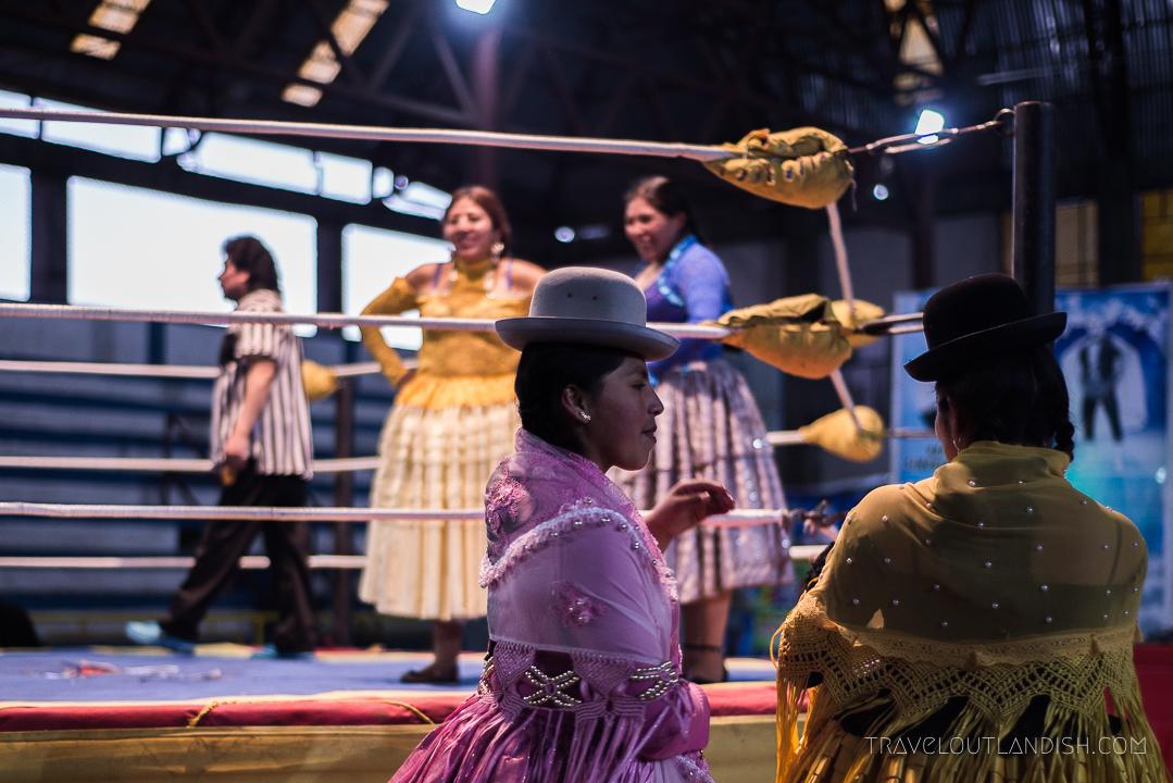 Cholitas Wrestling - Entering the Ring