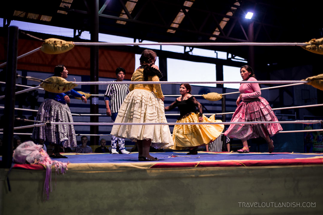 Cholitas Wrestling - First Match