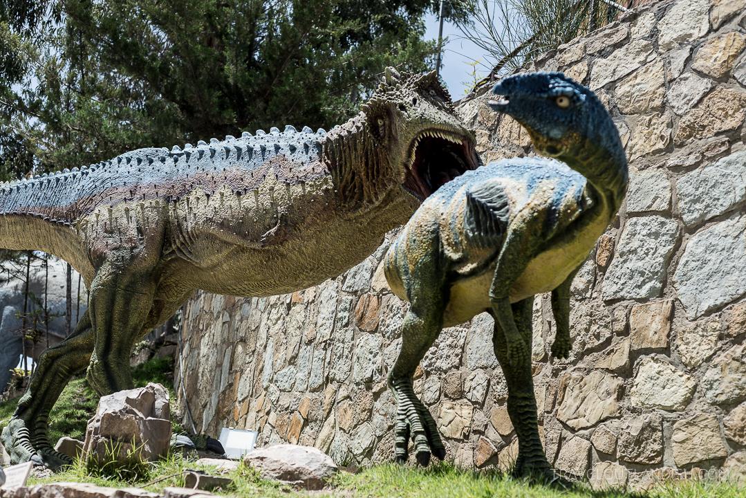 Dinosaur Dance Floor - Dinosaur Replicas at Parque Cretacio
