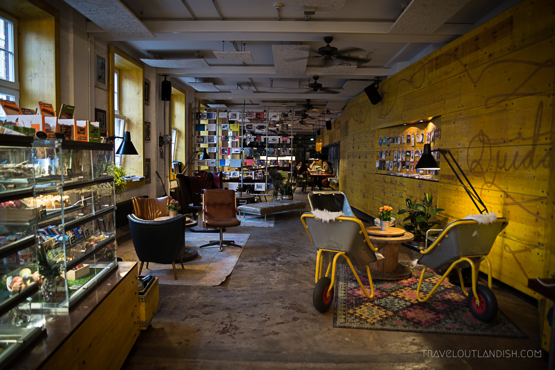 is superbude st pauli the edgiest hamburg hostel. Black Bedroom Furniture Sets. Home Design Ideas