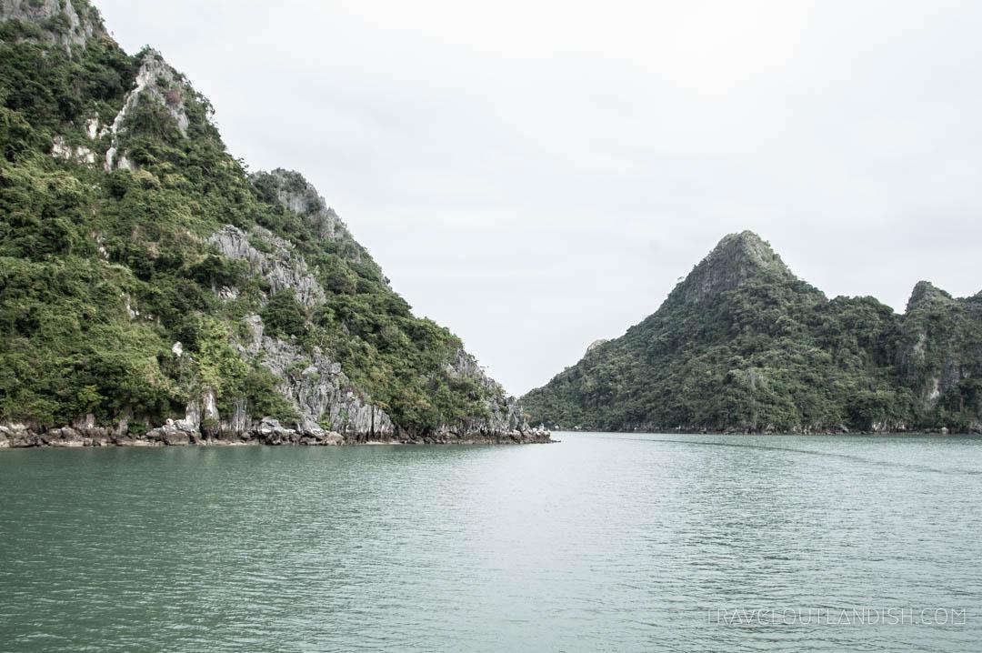 Bai Tu Long Bay Cruise - Bai Tu Long Bay