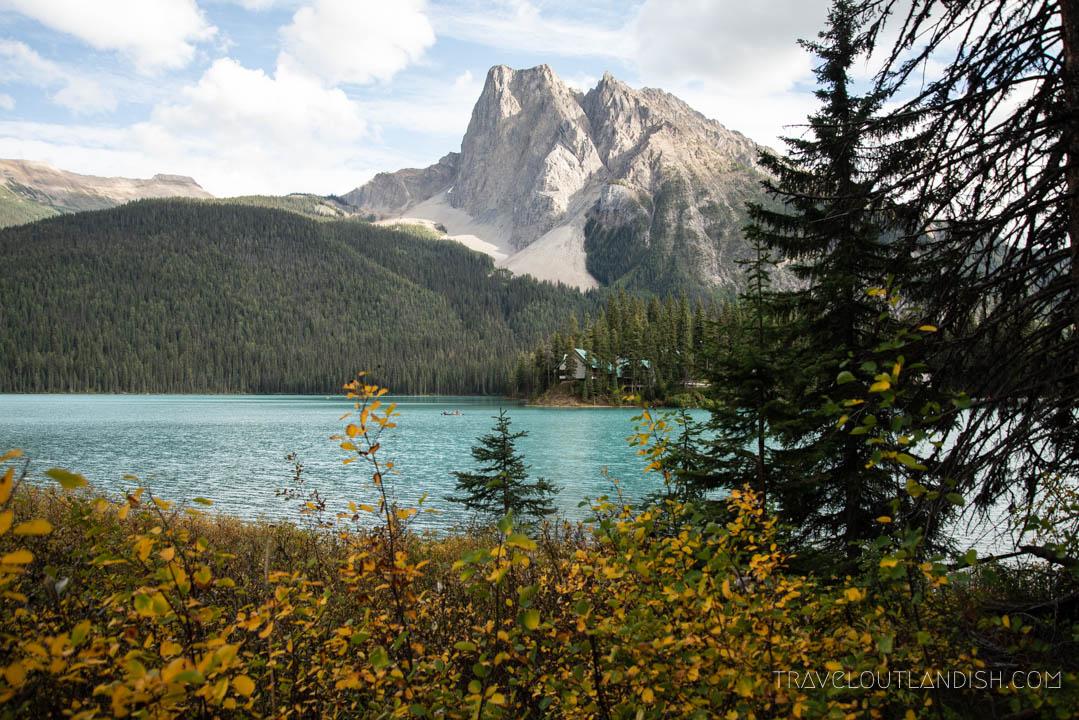 Lakes in Yoho - Emerald Lake