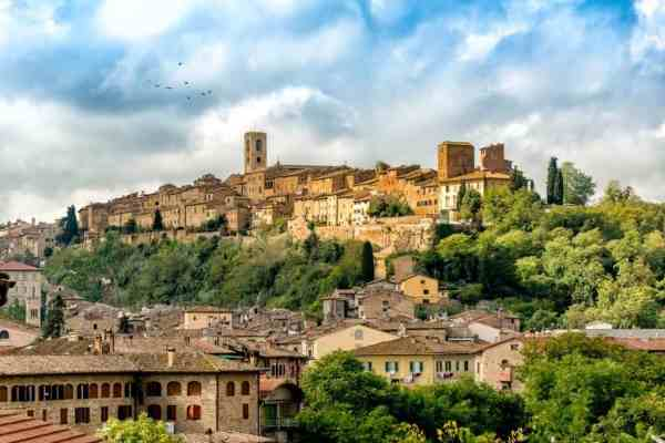 The most beautiful hilltop villages and towns in Tuscany