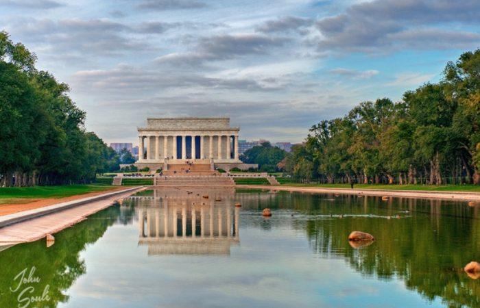 Lincoln Memorial © John Soule