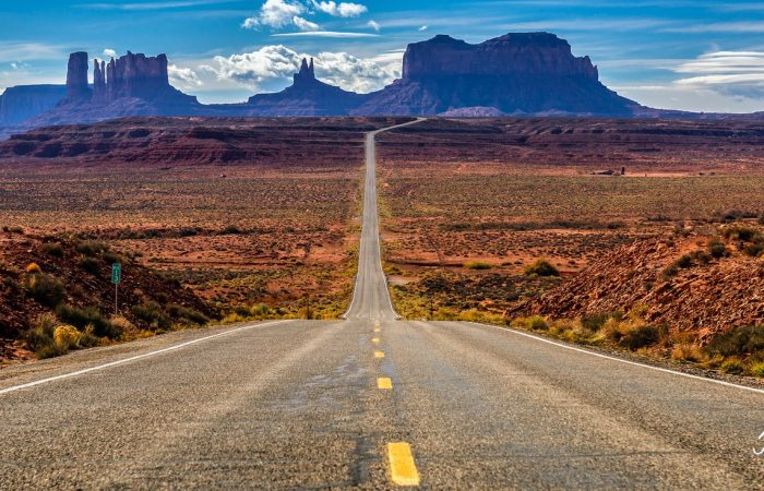 Lonely Road - Arizona © John Soule