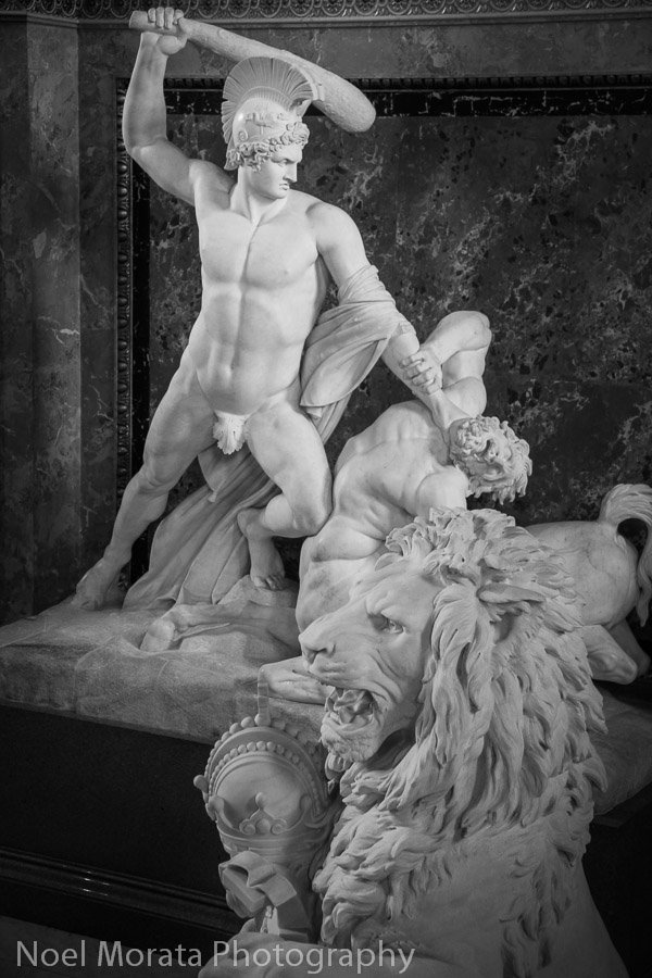 Sculpture along the grand staircase at Kunsthistorisches Museum