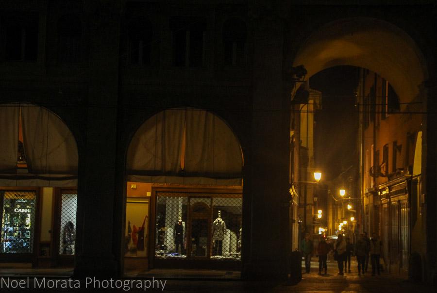 Portico and stores along the Piazza Maggiore