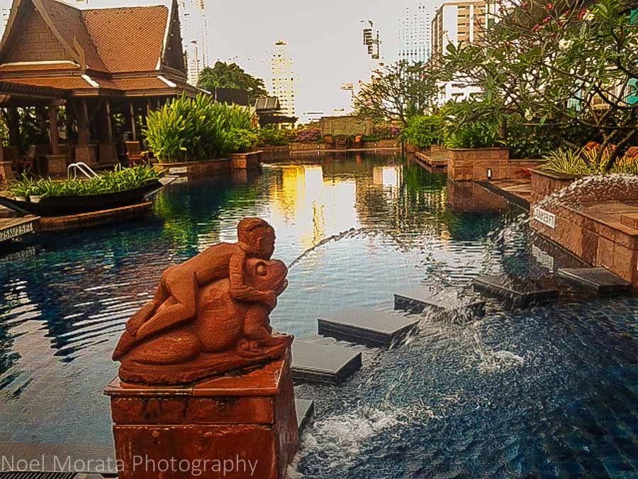 Plaza Athenee, swimming pool