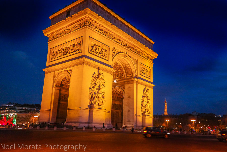 Arc de Triomphe at night time, Paris