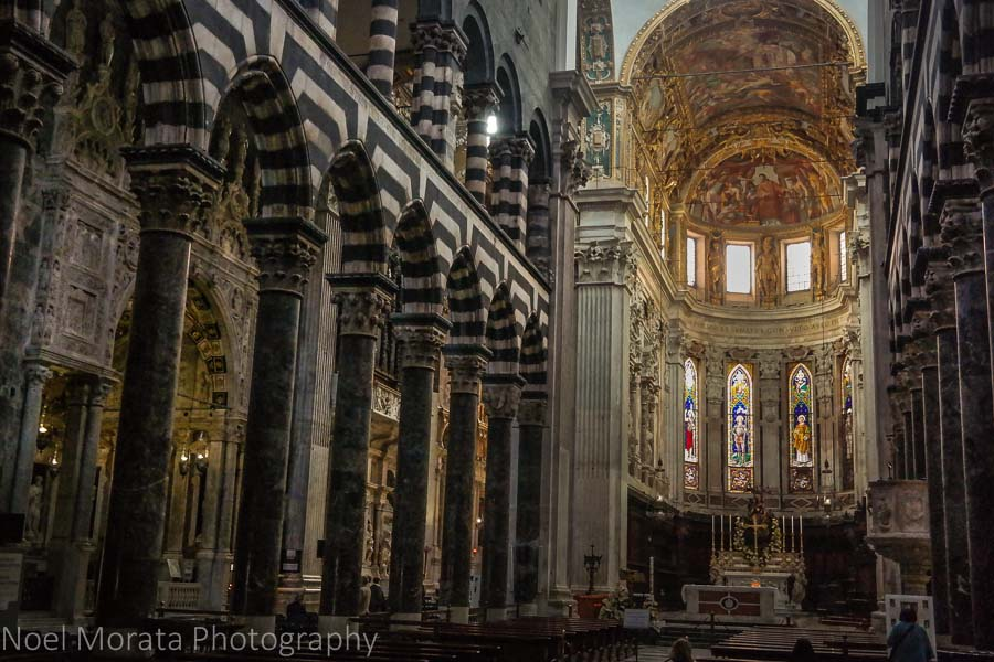 Interior of the Cattedrale di San Lorenzo, Genoa, Italy