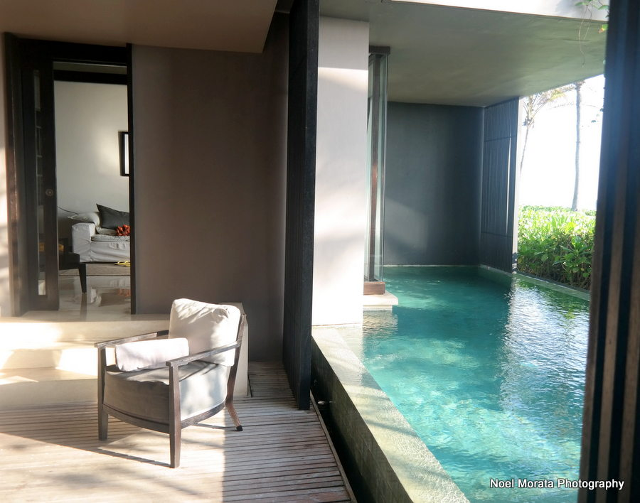 Oceanfront villa suite and pool - Alila Hotel and journey