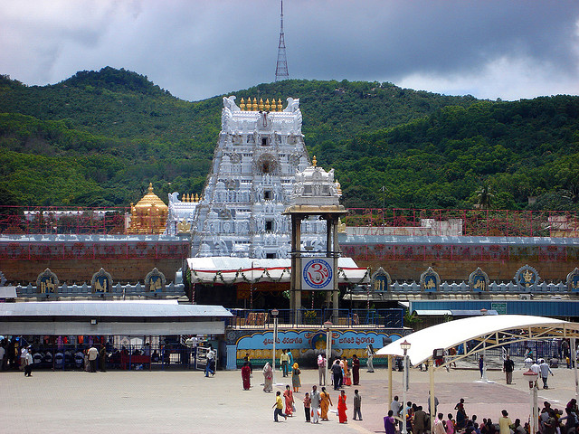 7 Magnificent Temples of India -venkateshwara-tirupati-balaji-temple