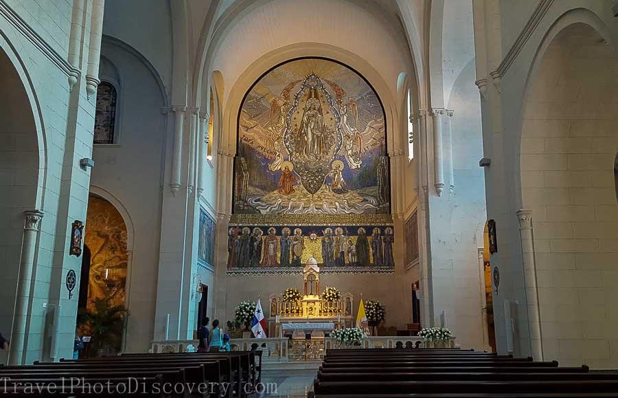 Interior views Iglesia San Francisco de Asis in Casco Viejo