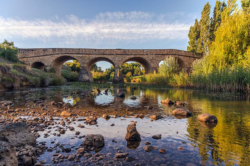 Places to see in the fall time Richmond-bridge-tasmania