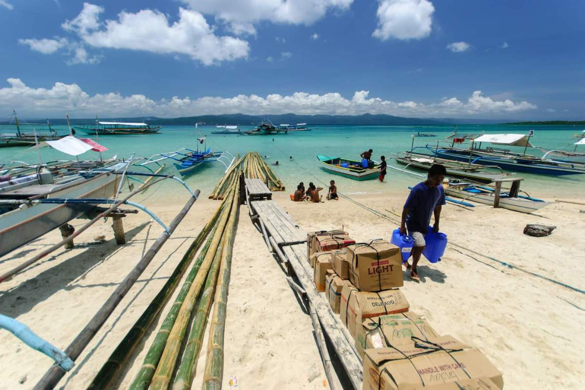 Cagbalete Island Cargo being unloaded from M/B Neneng
