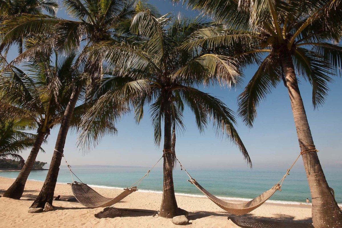 Hammocks at Saud Beach Resort, Pagudpud