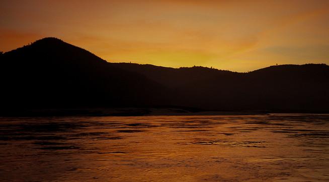sunset mekong river