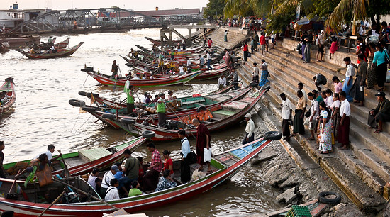 boats in yangon