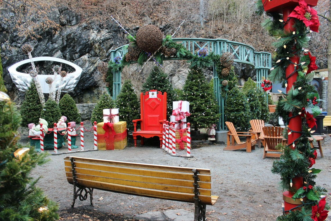 photo essay christmas in old quebec justin plus lauren a careful walk down the ldquobreakneck stairsrdquo reveals the quaint street of rue du petit champlain all decorated for the season
