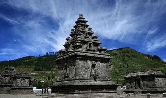 Obyek Wisata Dieng Wonosobo Gunungnya Pandawa 5