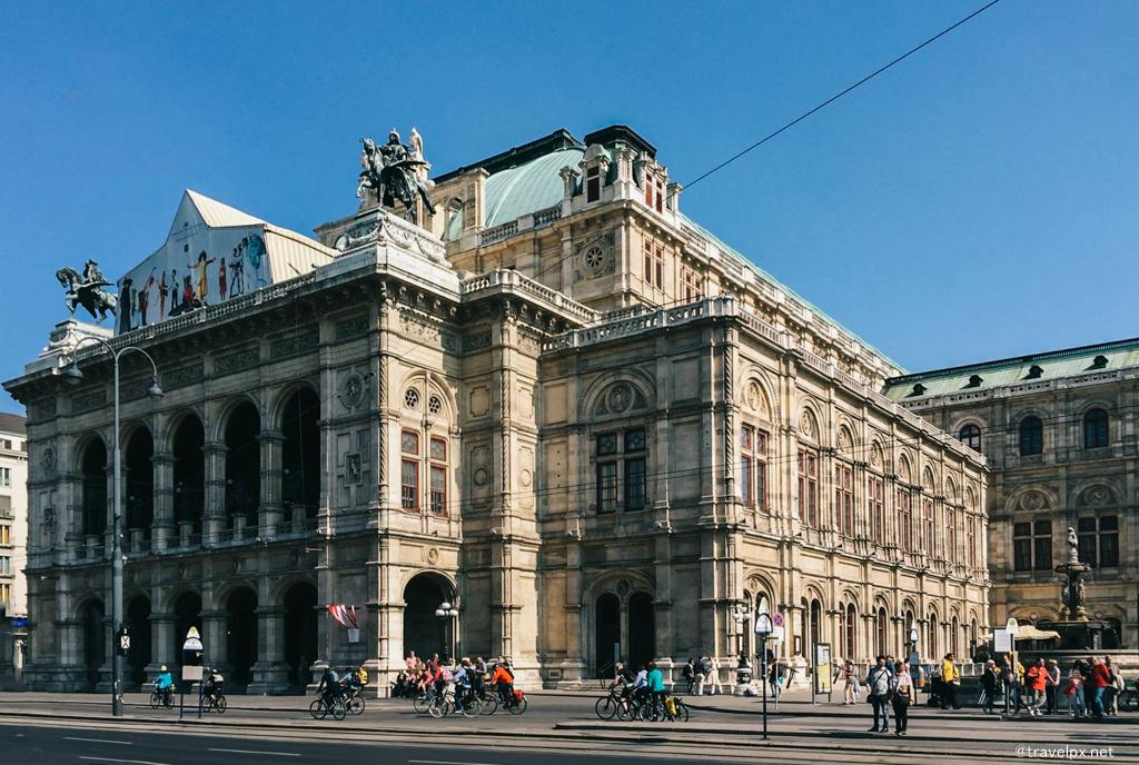 Wiener Staatsoper - Nhà hát Opera Quốc gia Vienna