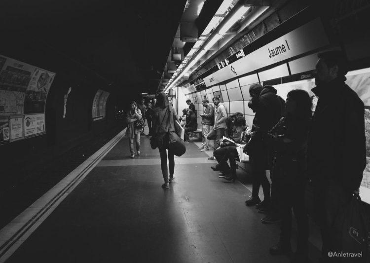 Một nhà ga Metro ở Barcelona