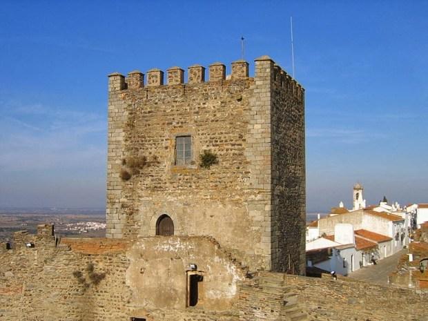 8d2ae-castelo_de_monsaraz2